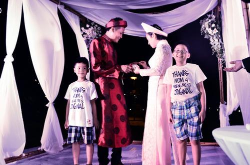 Khánh Linh: Mưa giông không cản được lễ cưới - 7