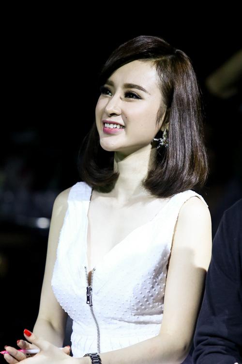 """Angela Phương Trinh bắt cặp """"bạn trai Hoàng Thùy Linh"""" - 4"""