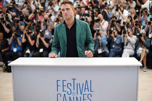 17 siêu sao hành động cưỡi xe tăng lên thảm đỏ Cannes - 12