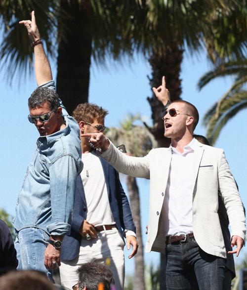 17 siêu sao hành động cưỡi xe tăng lên thảm đỏ Cannes - 5