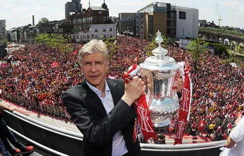 Arsenal đại phẫu: 100 triệu bảng mua cầu thủ - 1