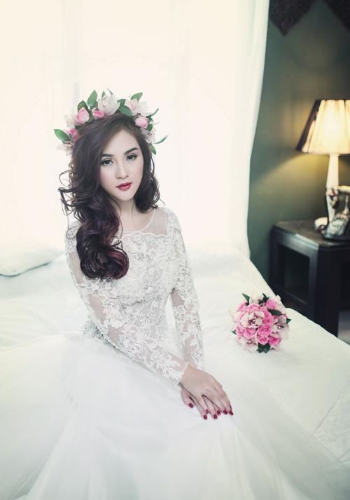 Hot girl Kelly đẹp mơ màng với váy cô dâu - 7