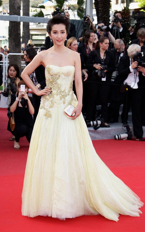 """Chặng đường """"lột xác"""" của mỹ nhân Hoa tại Cannes - 11"""