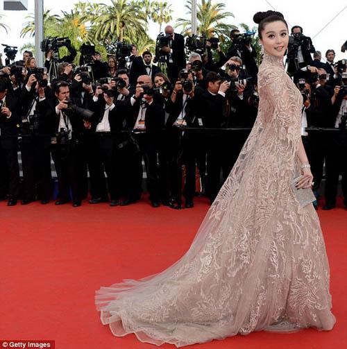 """Chặng đường """"lột xác"""" của mỹ nhân Hoa tại Cannes - 12"""