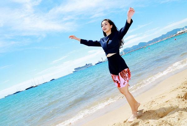 Angelababy không ngại sống với bố mẹ Huỳnh Hiểu Minh - 11