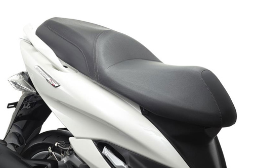 Yamaha ra mắt xe tay ga mới Majesty S - 10
