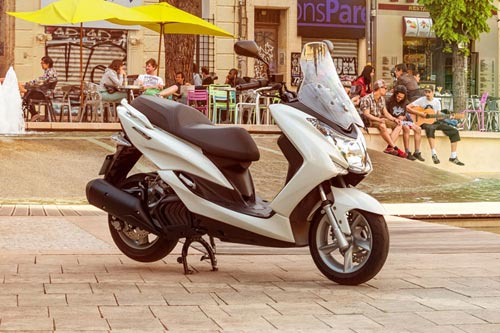 Yamaha ra mắt xe tay ga mới Majesty S - 3
