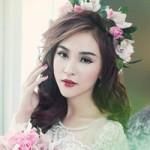 Thời trang - Hot girl Kelly đẹp mơ màng với váy cô dâu