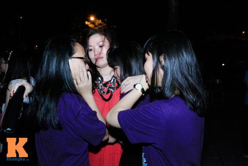 Học trò trường Ams bật khóc trong đêm chia tay - 10