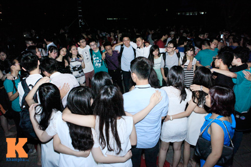 Học trò trường Ams bật khóc trong đêm chia tay - 3