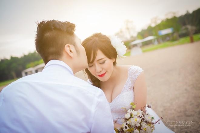 Ảnh cưới của Mai Thỏ và chú rể mê tốc độ - 11