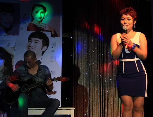 Con gái 6 tuổi của Thái Thùy Linh hát vì biển đảo - 6