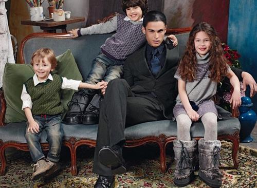 Cậu bé bí mật trong show của Chanel - 14