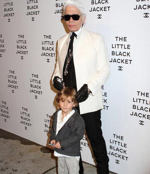 Cậu bé bí mật trong show của Chanel - 11
