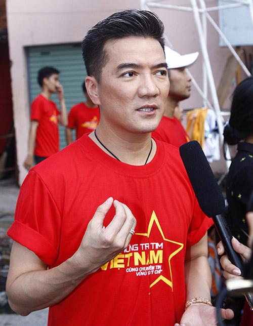 Hàng trăm sao Việt hát về Biển Đông gây sốt - 3