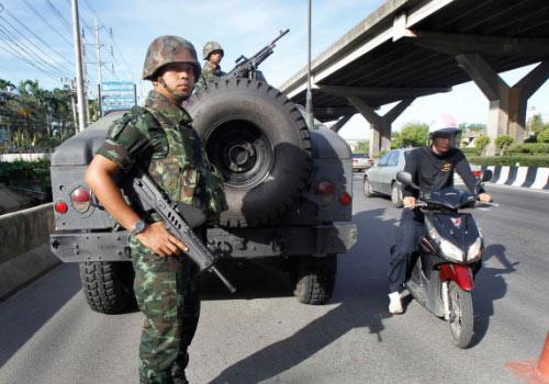 Chùm ảnh: Thái Lan trong tình trạng thiết quân luật - 4