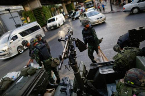 Chùm ảnh: Thái Lan trong tình trạng thiết quân luật - 5