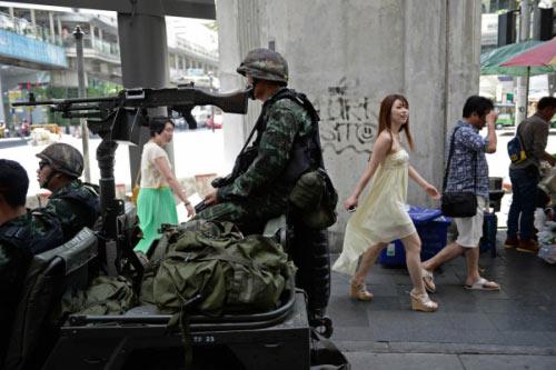 Chùm ảnh: Thái Lan trong tình trạng thiết quân luật - 9