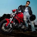 Phim - Johnny Trí Nguyễn và những chiếc mô tô siêu khủng