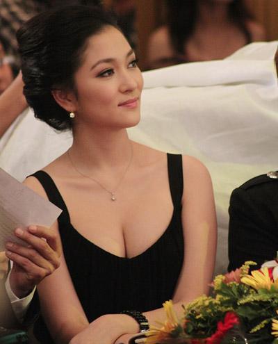 Đi tìm điểm quyến rũ của các người đẹp Việt - 10