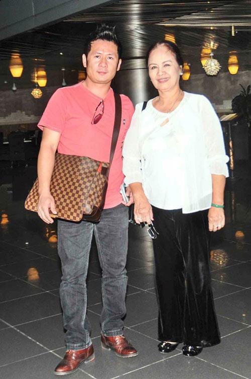 Bất ngờ với nghề nghiệp của cha mẹ sao Việt - 6