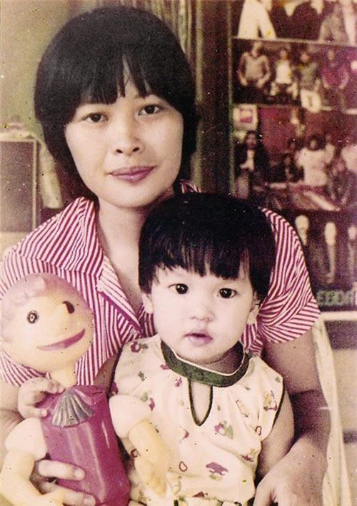 Bất ngờ với nghề nghiệp của cha mẹ sao Việt - 4