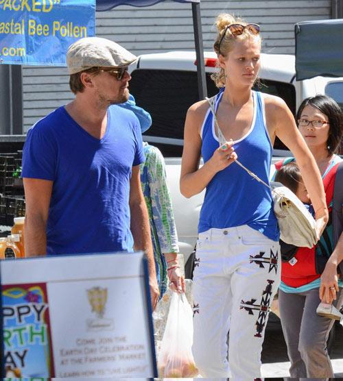 Leo DiCaprio âu yếm gái có chồng ở hộp đêm - 4