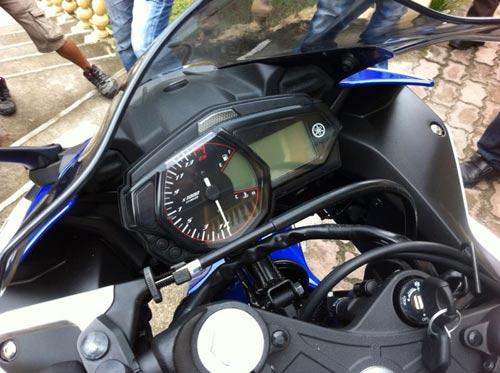 Yamaha R25 thiết kế đẹp, giá 98 triệu đồng - 8