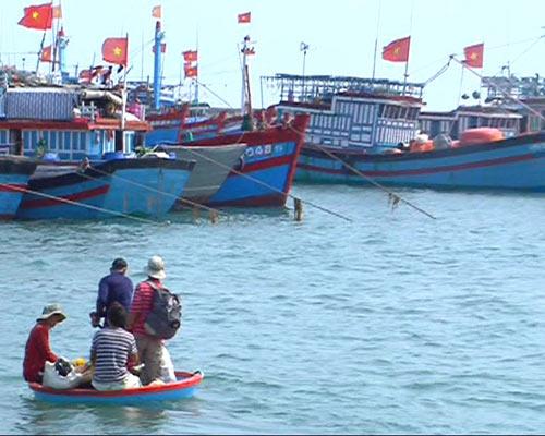 Cấm đánh bắt trên Biển Đông: TQ quá ngang ngược - 1