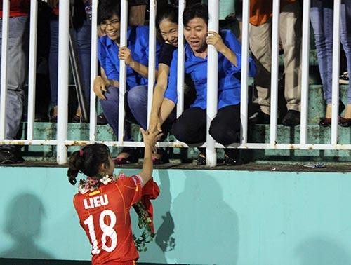 ĐT nữ Việt Nam: Nước mắt lại rơi trước người Thái - 9