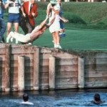 Thể thao - Golf: Vô địch, lao xuống hồ... ăn mừng