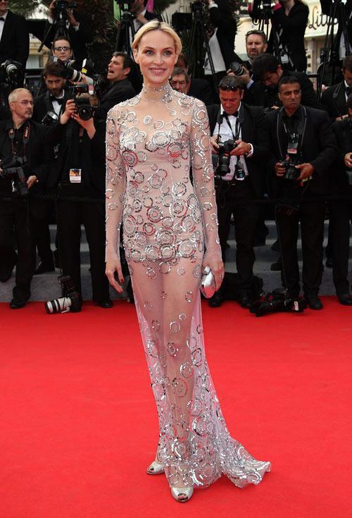 """Hoa hậu, siêu mẫu """"đánh cắp"""" thảm đỏ Cannes ngày 8 - 12"""