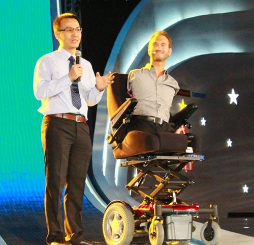 Người không chân tay Nick Vujicic: Tôi có lợi thế lớn - 3
