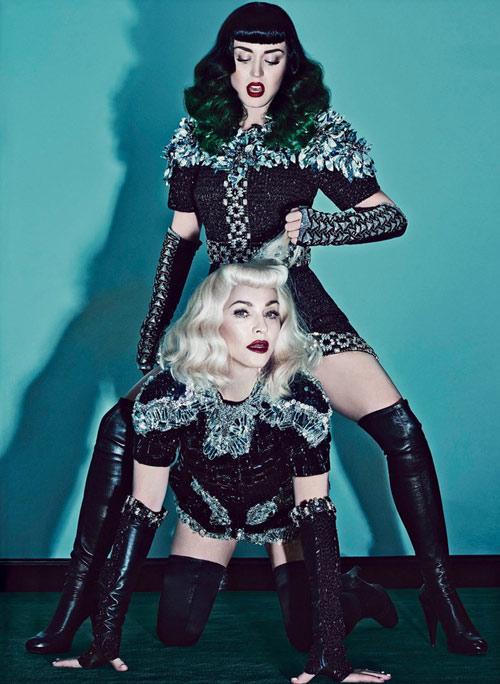 Sốc: Madonna, Katy Perry làm cặp đôi chủ-nô tình dục - 4
