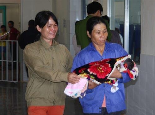 3 trẻ tử vong sau tiêm vắc xin: Do tiêm nhầm thuốc độc - 1