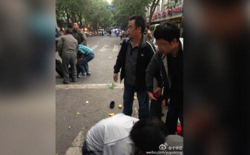 Đánh bom kinh hoàng ở Tân Cương qua lời nhân chứng - 2