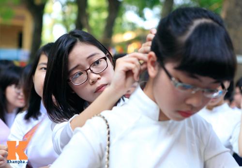 Nữ sinh lớp 12 chia tay trong nắng và nước mắt - 3