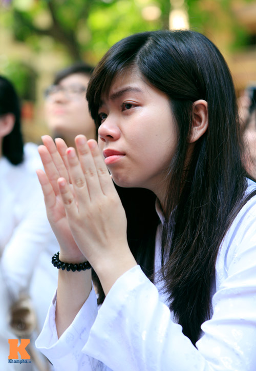 Nữ sinh lớp 12 chia tay trong nắng và nước mắt - 8