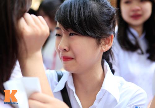 Nữ sinh lớp 12 chia tay trong nắng và nước mắt - 13