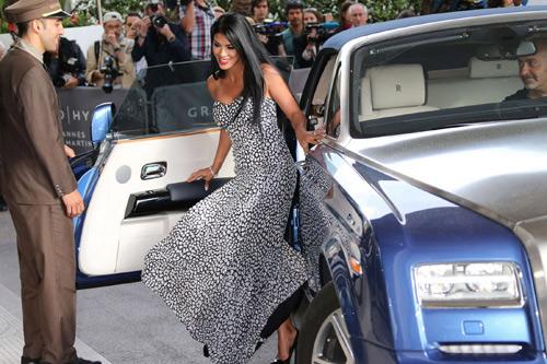 """Những pha """"lộ hàng"""" muối mặt nhất ở Cannes - 6"""