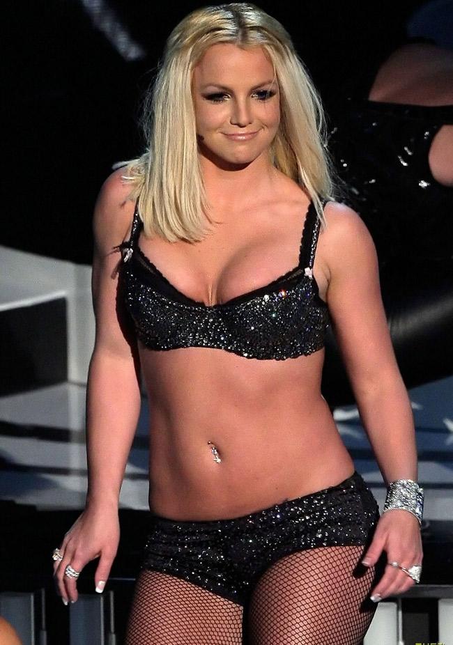 Britney Spears là một phụ nữ pha trộn nhiều cảm xúc lẫn lộn.