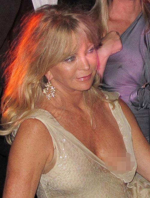 """Những pha """"lộ hàng"""" muối mặt nhất ở Cannes - 15"""