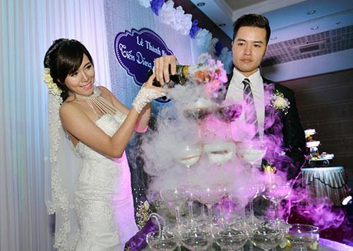 Hot girl Mai Thỏ rạng rỡ trong lễ cưới - 7
