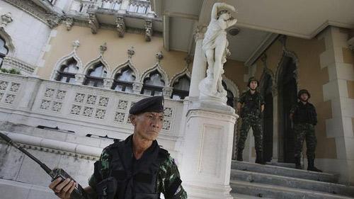 Sự nguy hiểm của cuộc đảo chính nửa vời ở Thái Lan - 2
