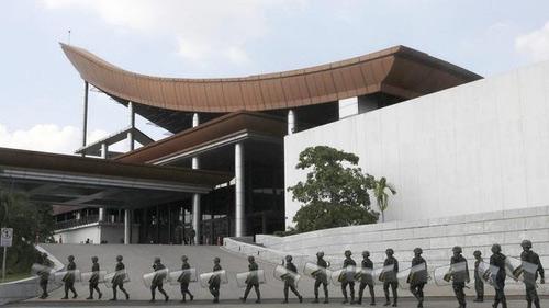 Sự nguy hiểm của cuộc đảo chính nửa vời ở Thái Lan - 3