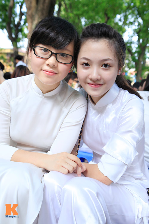Nữ sinh Hà thành đọ vẻ xinh đẹp - 4