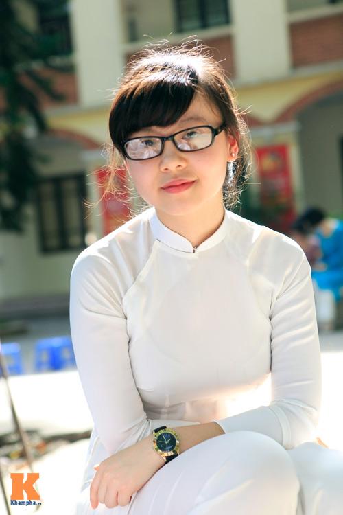 Nữ sinh Hà thành đọ vẻ xinh đẹp - 2