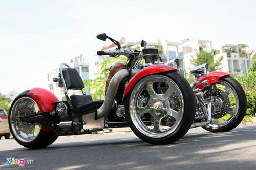 Harley-Davidson 3 bánh in hình quốc kỳ Việt Nam - 2