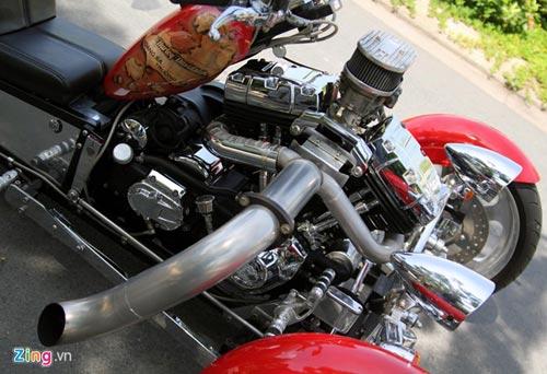 Harley-Davidson 3 bánh in hình quốc kỳ Việt Nam - 13