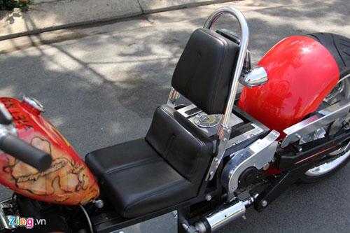 Harley-Davidson 3 bánh in hình quốc kỳ Việt Nam - 9